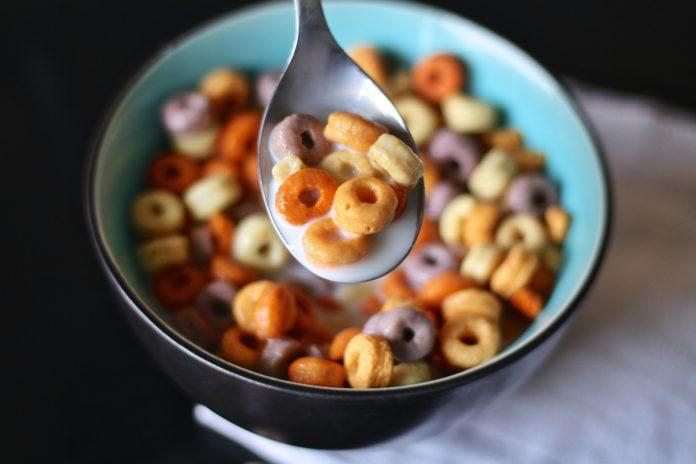 10 dodatków do żywności, których lepiej unikać