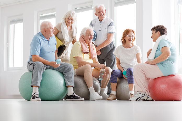 Rehabilitacja dla seniorów – w grupie raźniej!