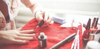produkty do stylizacji i pielęgnacji paznokci